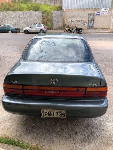 Corolla 93/93 1.8 completo 4 pneus novos roda diamantada carro todo revisado segundo dono  - Foto 4