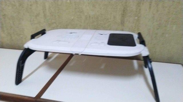 Mesa para Notebook Com Cooler Dobrável E Ajustável Formato Ergonômico, Nova, barato. - Foto 5
