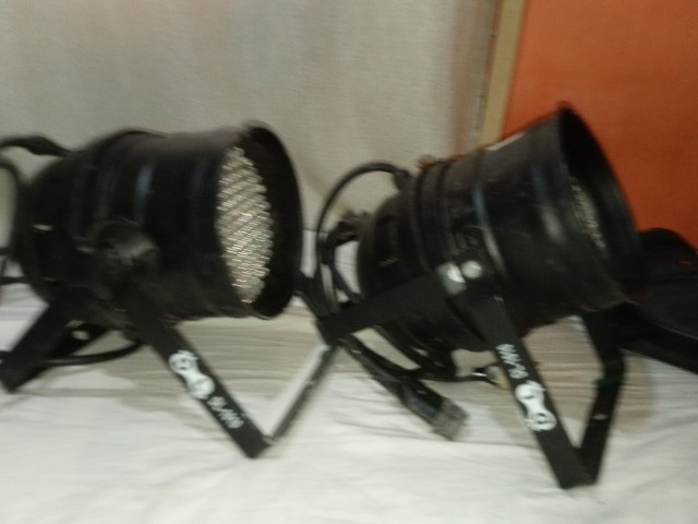 Canhão de luz de led proficionais, canhão de liz show, muito potente - Foto 3