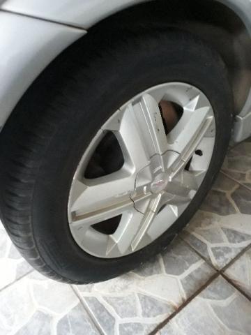 Rodas e pneus aro 16