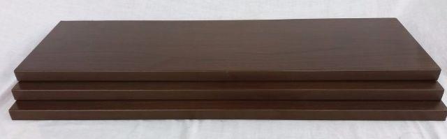 Prateleira de madeira maciça