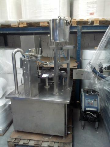 Maquina de copos semi nova