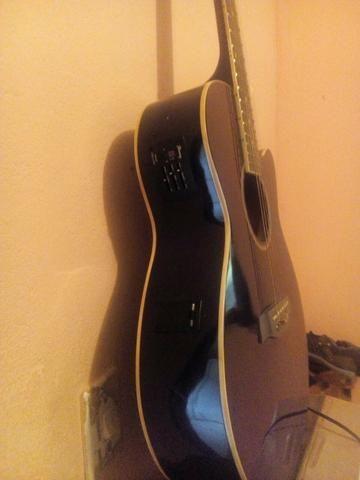 Vendo violão troco em célula ou parcela no cartão