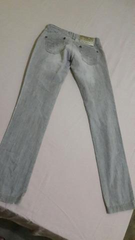 Calça jeans escolar n°34 feminina