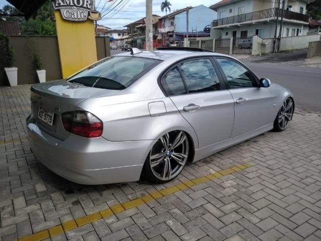 Vendo BMW 320i legalizada - Foto 4
