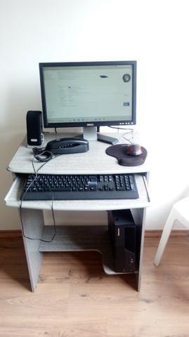 Computador completo + Escrivania - Foto 3