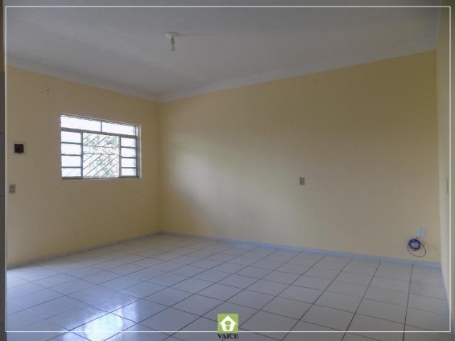 Apartamento em Messejana, 3 Quartos - Foto 3