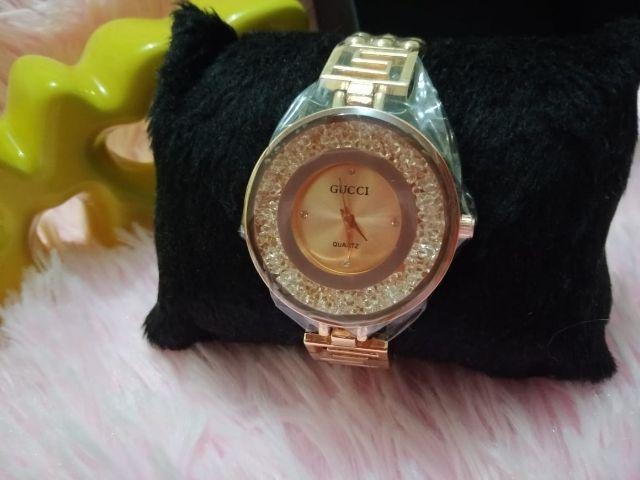 ed05534b5 Relógio Gucci - Modelo Swarovski - Feminino - Bijouterias, relógios ...