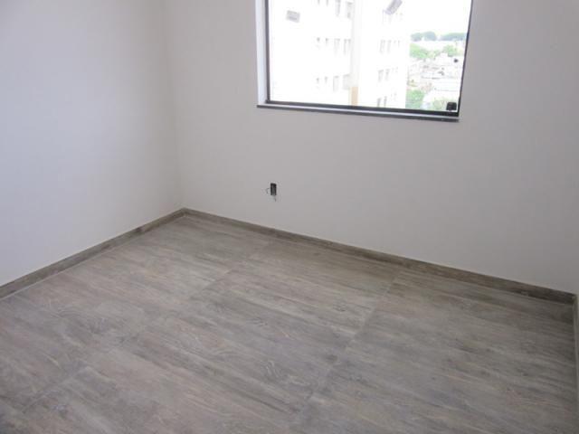 Lançamento no bairro Caiçara, prédio novo, 100% revestido com elevador! - Foto 19