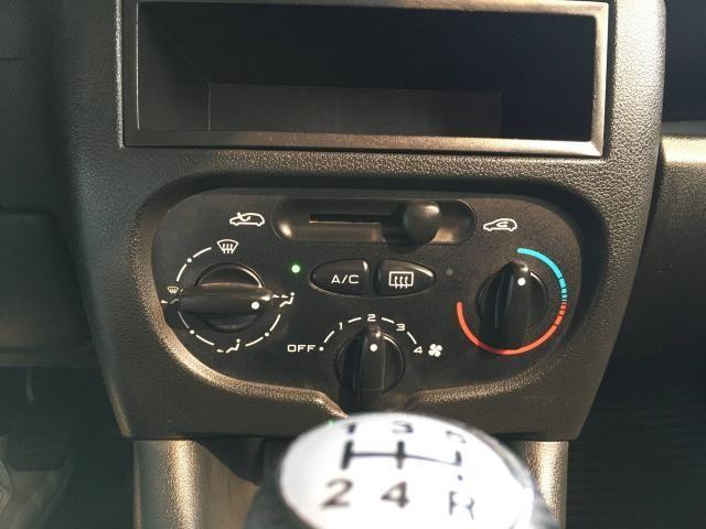 PEUGEOT 207 2010/2011 1.4 XR 8V FLEX 4P MANUAL - Foto 11