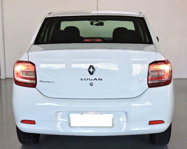 Renault Logan Expression Hi-flex 1.6 2016 - Estado de novo - Foto 9