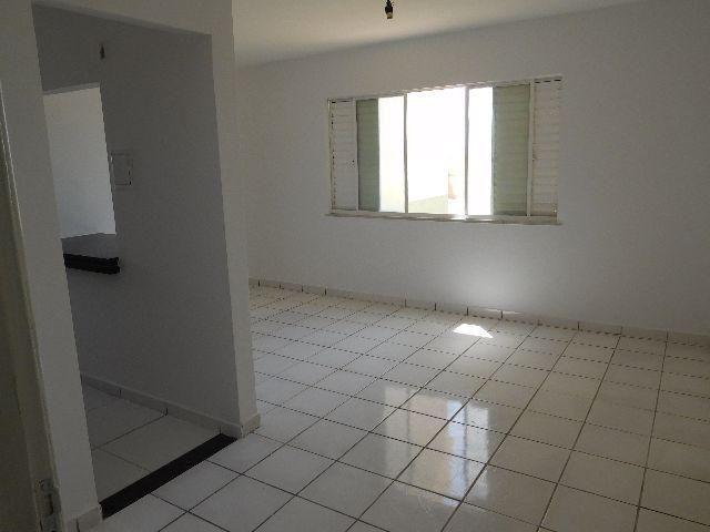 Apartamento Condomínio Jardim Vitória 2º Andar - Foto 8
