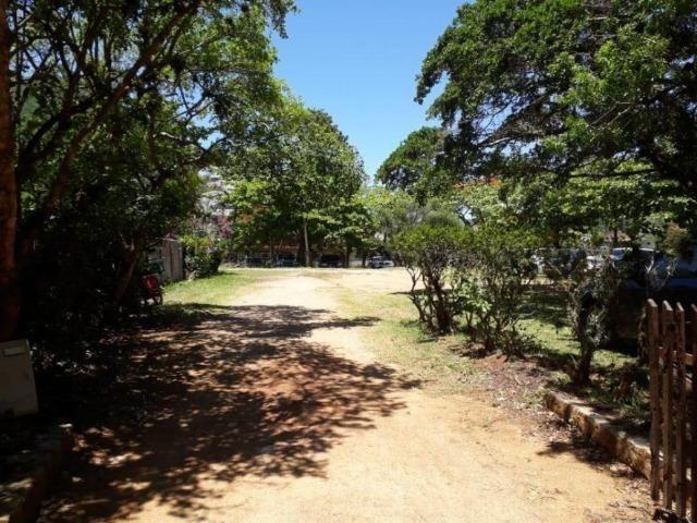 Terreno único na Praia da Armação, ótima localização, frente para a Avenida - Foto 3