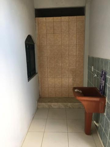 Casa - ENGENHOCA - R$ 618,00 - Foto 8