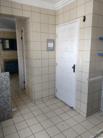 Apartamento com cinco suítes em boa viagem - Foto 11
