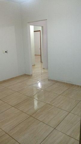 Vende-se casa no centro de Tanabi - Foto 4