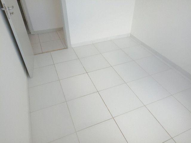 Condomínio Brisas,na paralela ,3/4,suite,armários,condomínio clube - Foto 6