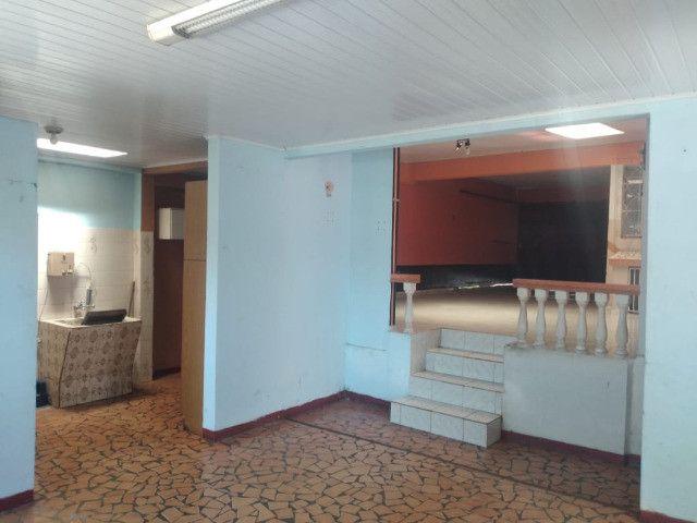 Ótima residência com amplo terreno no Orfãns !!! - Foto 20