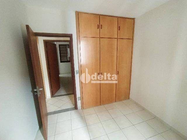 Apartamento com 3 dormitórios para alugar, 110 m² por R$ 1.500,00/mês - Centro - Uberlândi - Foto 4