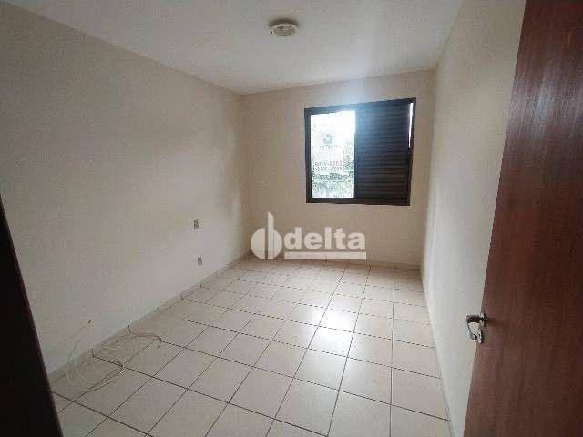 Apartamento com 3 dormitórios para alugar, 110 m² por R$ 1.500,00/mês - Centro - Uberlândi - Foto 6