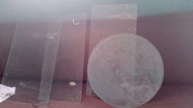Vendo 4 prateleira de vidro r$ 60 - Foto 3