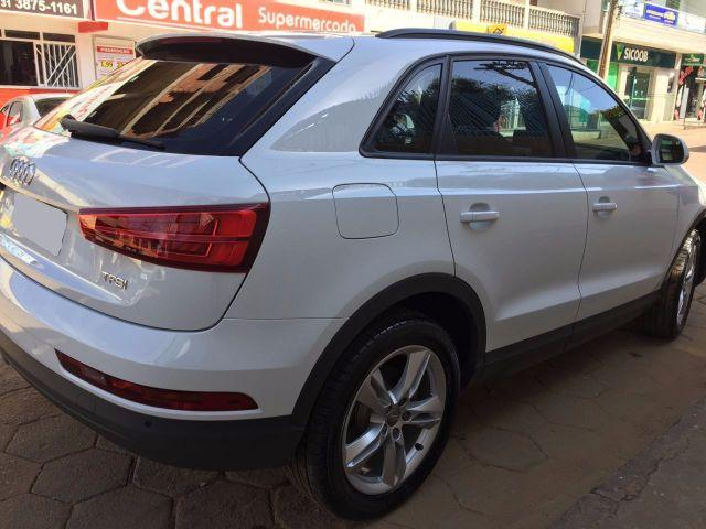 audi q3 ambiente 1 4 turbo 2016 carros centro santa. Black Bedroom Furniture Sets. Home Design Ideas