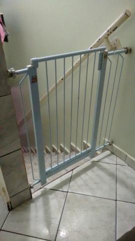 Portão de segurança para escada