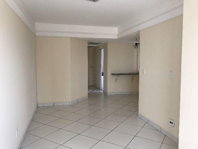 Ed. Green Park 02 quartos, sala com varanda e garagem. lazer completo