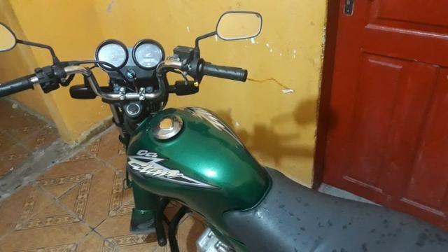Vendo Moto Titan Honda 125 toda top p sair andando sem trabalho nenhum - Foto 5