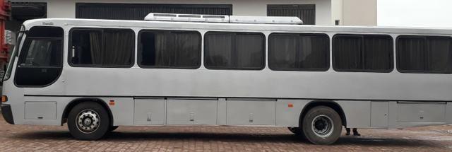 Onibus- Vw Comil Versatile- 42 pass. ano 98 - Foto 9