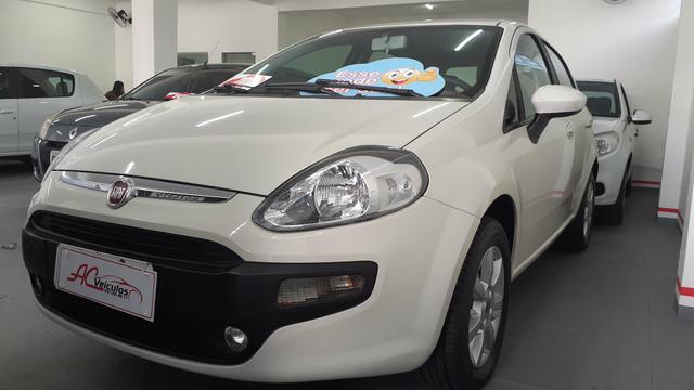 Fiat Punto 1.4 Atractive 2013