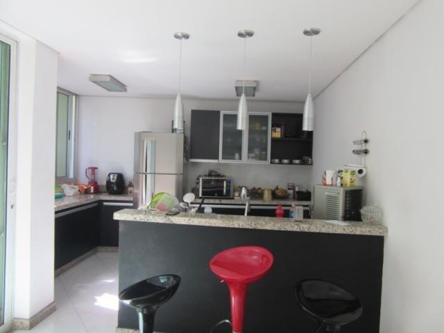 Excelente casa toda reformada, acabamento moderno. - Foto 3