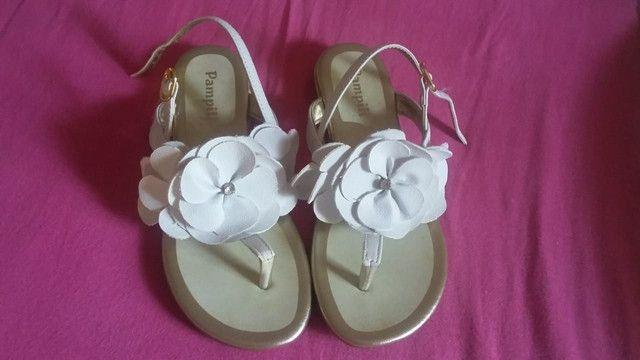 Sandália tamanho 31