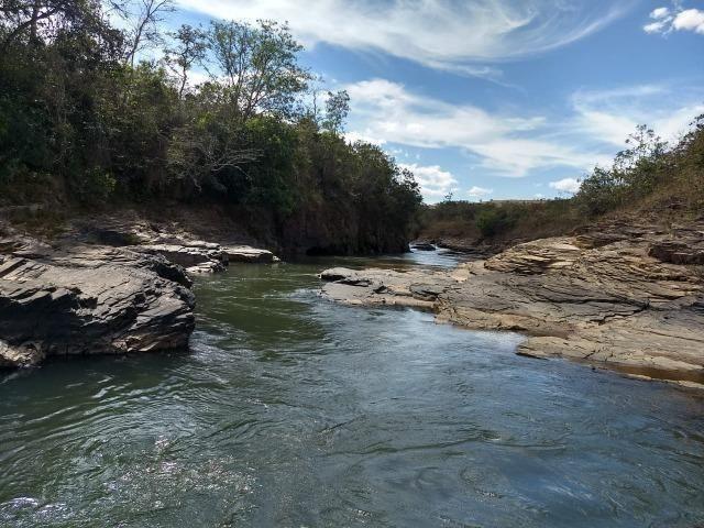 Fazenda Escriturada 90 Hect as Margens do Rio Areia Localizado Santo Antônio do Descoberto - Foto 12