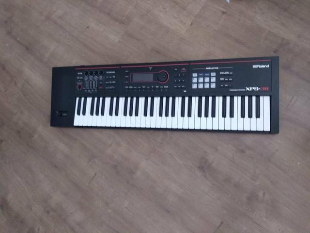 Roland korg fanton motif trocas acordeon nord Yamaha casio Kurzweil