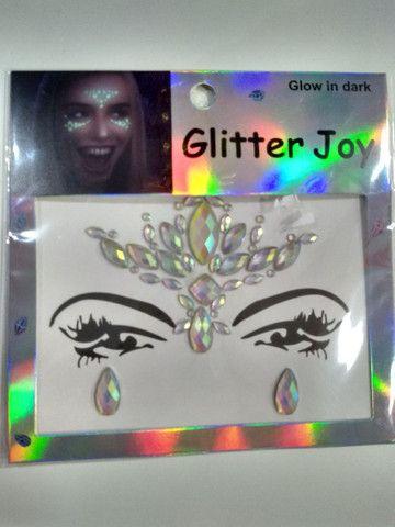 Adesivo de glitter para o rosto brilha no escuro  - Foto 5