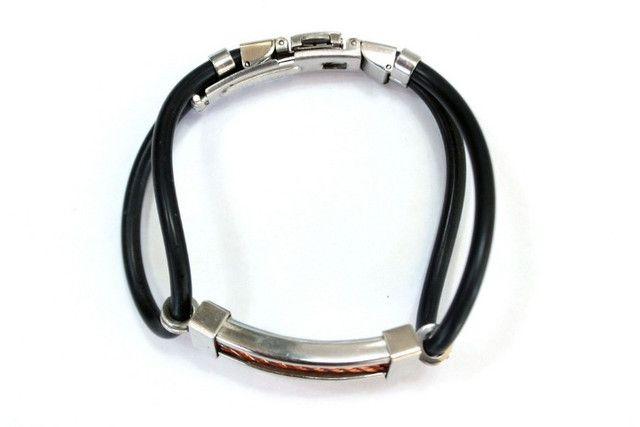 Pulseira Bracelete Masculino Emborrachado Com Fecho Em Aço Inoxidável