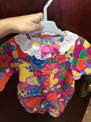 Macacão Infantil Importado - 5 a 9 meses - Foto 3