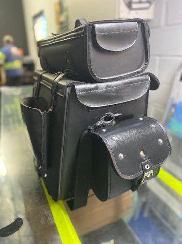 bolsa de couro ecológico para moto - Foto 3