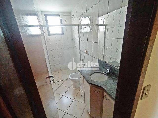 Apartamento com 3 dormitórios para alugar, 110 m² por R$ 1.500,00/mês - Centro - Uberlândi - Foto 8