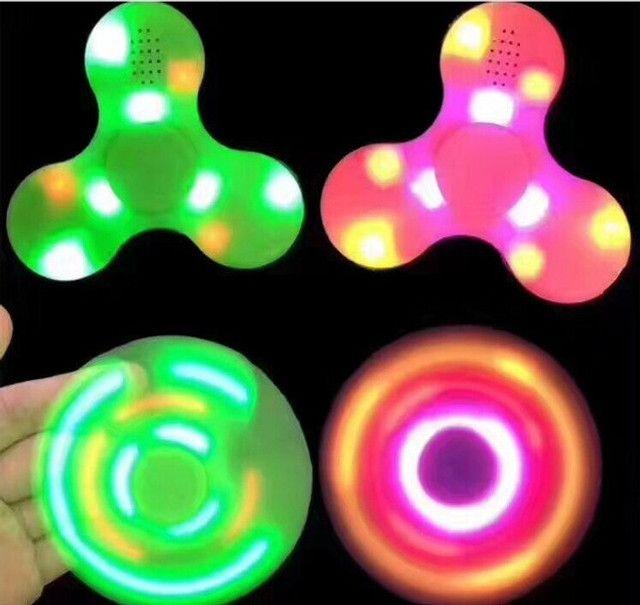 Fidget Hand Spinner Bluetooth Música Led - 7768 - Foto 3