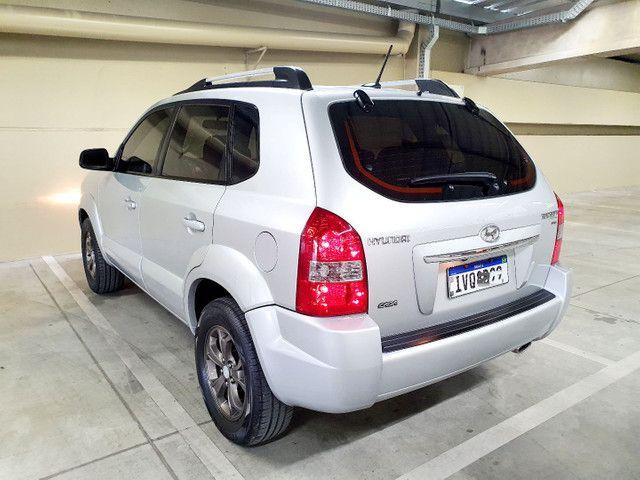 Hyundai Tucson 2.0 Flex GLSB Automático 2015 na cor Prata.  - Foto 5