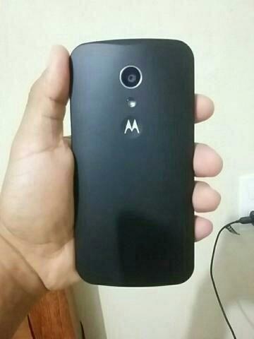 Celular Motorola g 2 16 Gb bem conservado em Navegantes