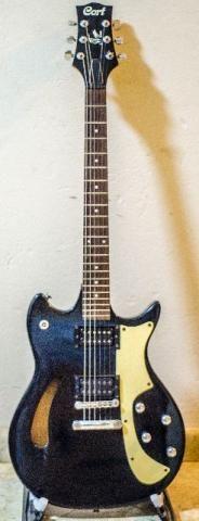 Guitarra Semi Acústica Cort