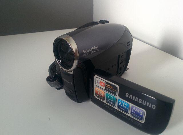 Filmadora Samsung Schneider Kreuznach 42x Optical Zoom
