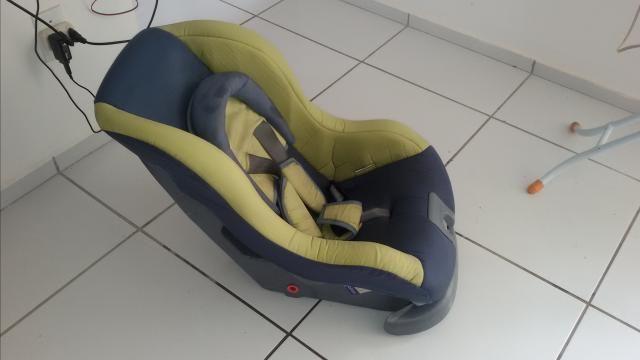 Cadeira pra carro de passeio