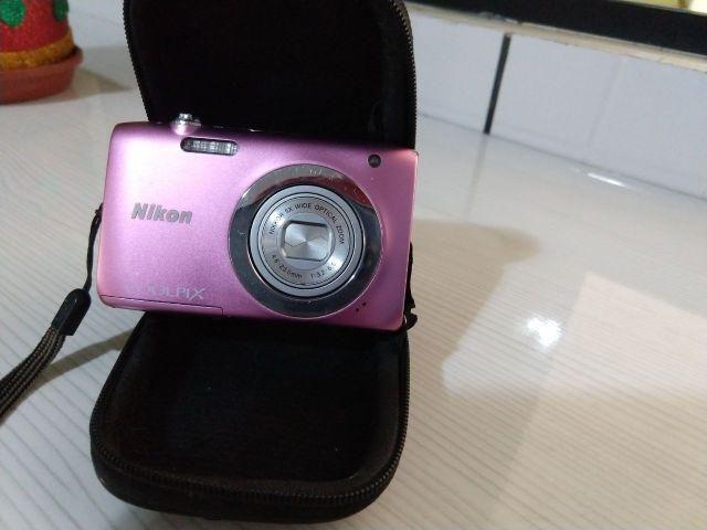 Camera Nikon S2600