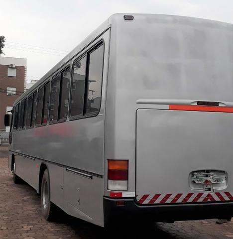Onibus- Vw Comil Versatile- 42 pass. ano 98 - Foto 4