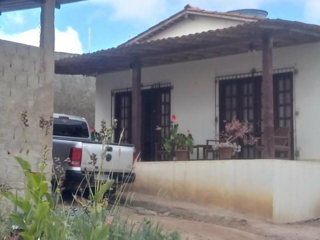 Casa com galpao a venda - Foto 4