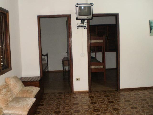 Casa em itapoá SC av. brasil 50m da praia para 8 pessoas - Foto 2